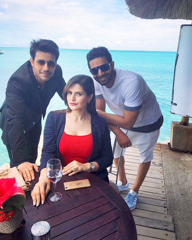 Motion Poster of Aksar 2