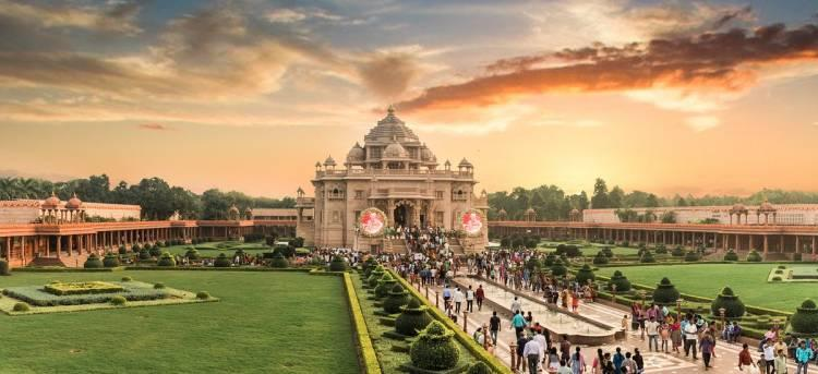 Stunning Glimpses of the Akshardham Temple