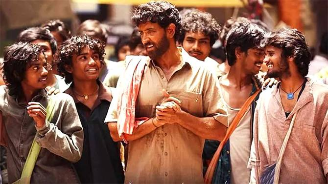 SUPER 30 HAS AVERAGE OPENING ON FRIDAY